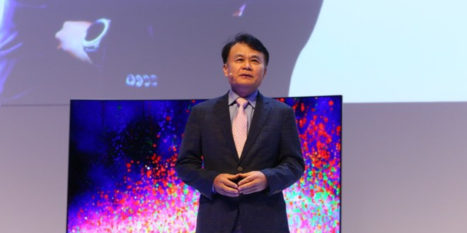 Mr. Choong Ro Lee, President of MENA, Samsung Electronics_Image1
